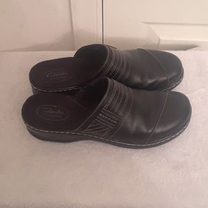 CLARKS Bendables Black Leather Slip On Mules Clogs